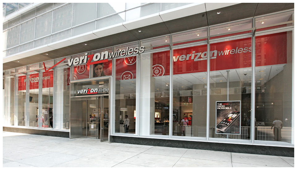Verizon Wireless Window Strategy, NYC 1