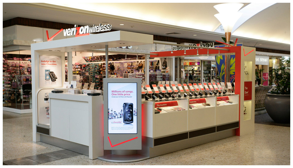 Verizon Wireless Mall Kiosk 1